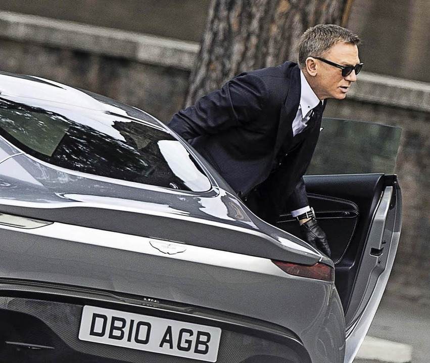 "Daniel Craig als James Bond in ""Spectre""    Foto: Sony/dpa"