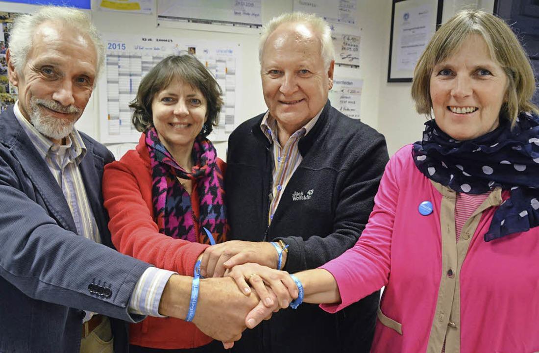 Partner im Helfen: (von links) Reinhar...el, Wilfried Wöhrle, Christine Langen   | Foto: Barbara Ruda