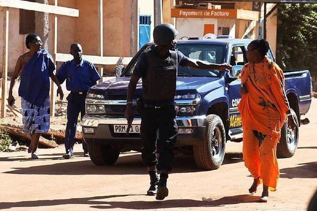 Spezialeinheiten beenden Geiselnahme in Bamako