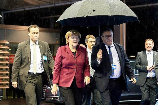 Horst Seehofer schimpft gegen die Bundeskanzlerin