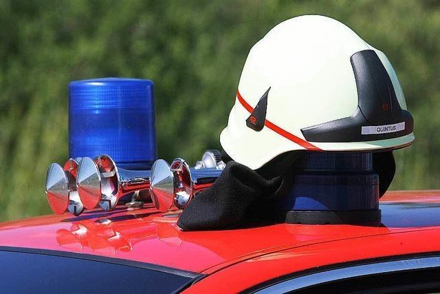Feuerwehr bemerkt Brand noch vor den Betroffenen