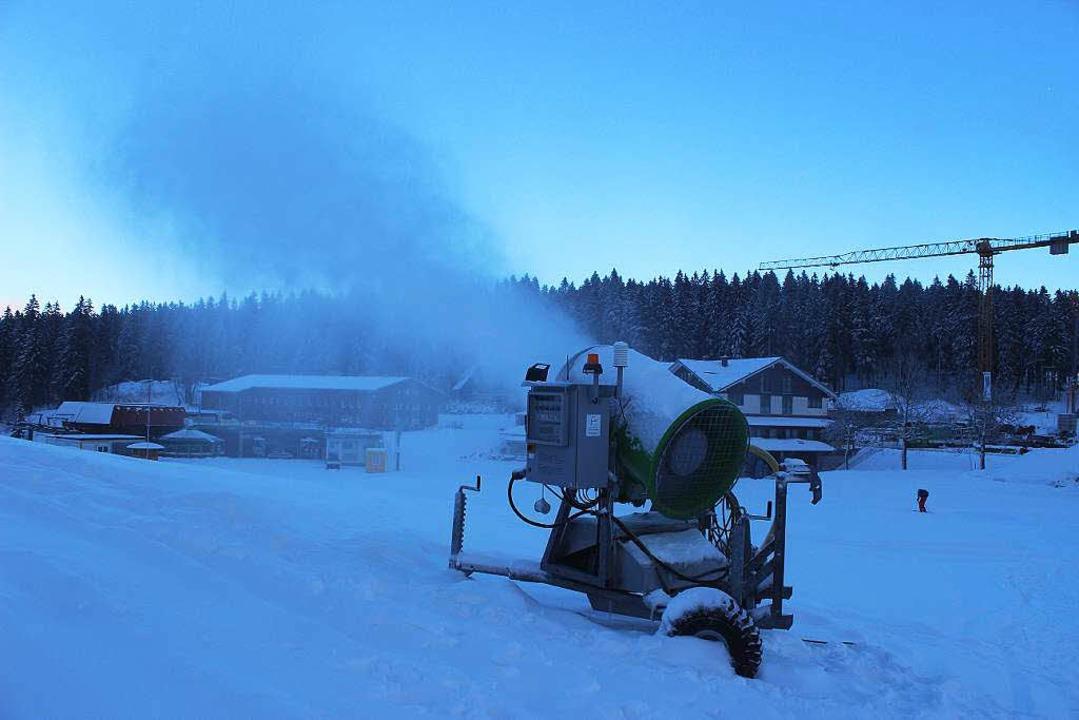 Winterlicher Feldberg: Die Skisaison wird spätestens am Freitag eröffnet.    Foto: Joachim Frommherz