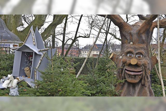 Baum Bruno erzählt Märchen im Vinzentiusgarten
