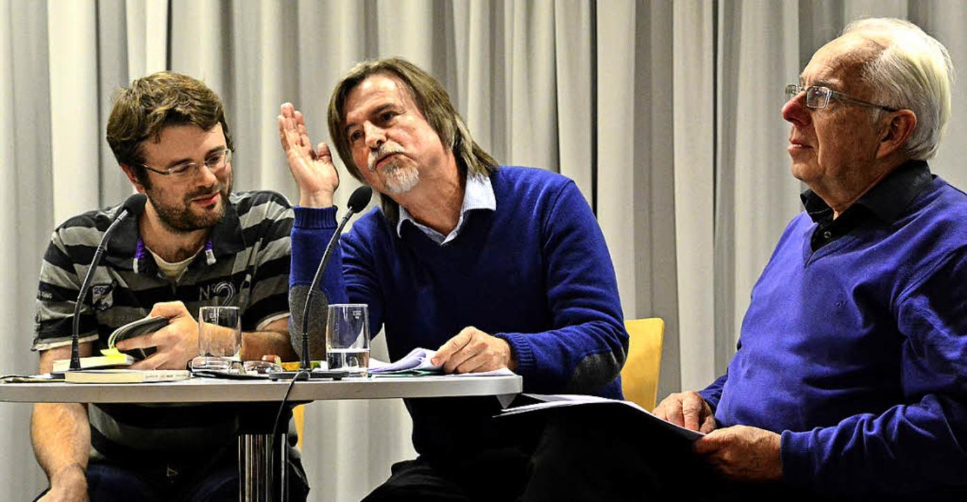 Jean-Christophe Meyer und Edgar Zeidle...ed Yves Bisch moderierte (von links).   | Foto: Annette Mahro