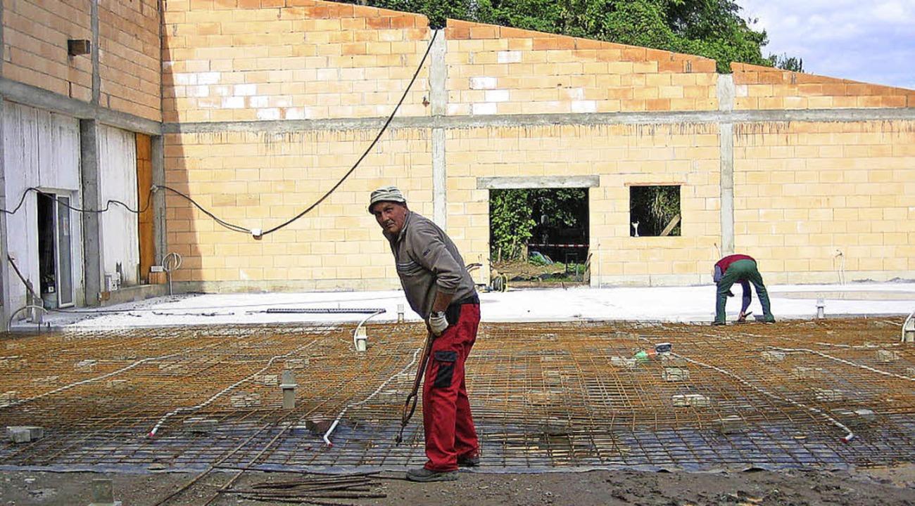 Mehr als 5000 Arbeitsstunden investier...llungshalle, die nun eingeweiht wird.   | Foto: Endres