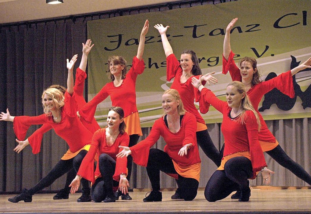 Einen mit diversen Tanzpräsentationen ...spruchsvollen Choreographien punkteten    Foto: Karin Stöckl-Steinebrunner
