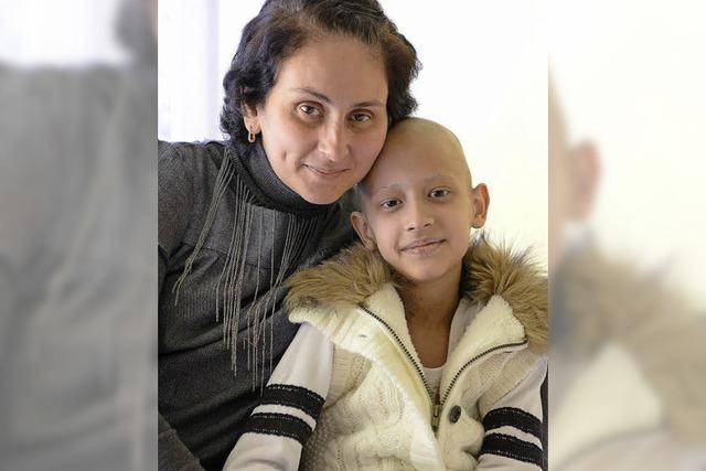 Der neunjährigen Nitsa aus Tiflis wird erst in Frieburg geholfen