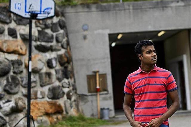 Wie Asylbewerber in der Schweiz unterirdisch in Bunkern leben