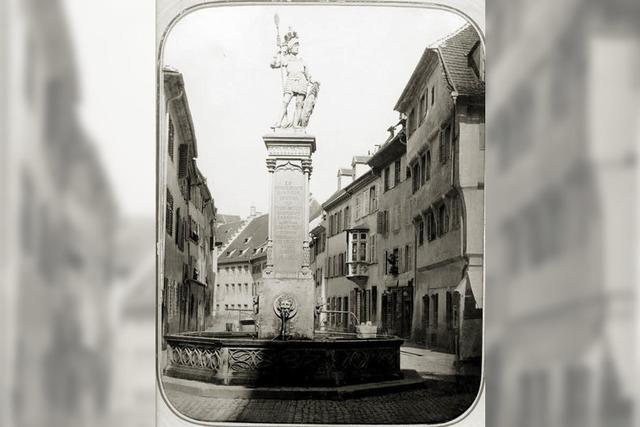 Monument in der Mitte der Stadt