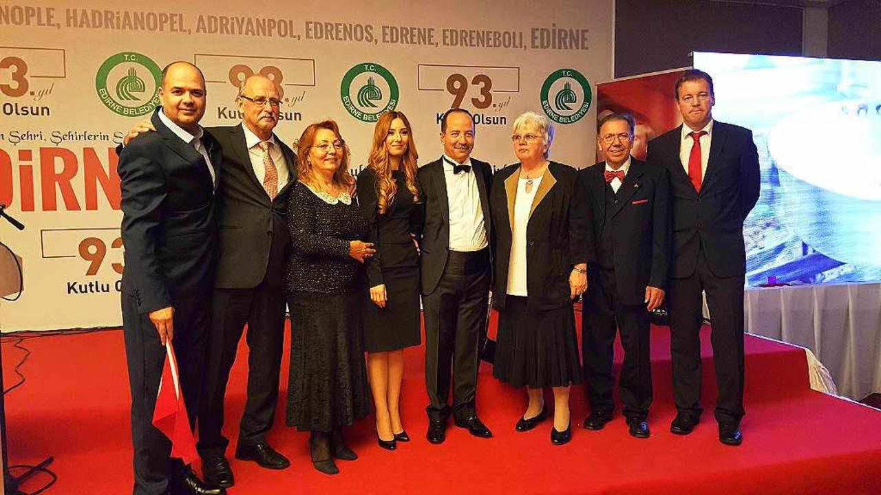 Beim Festakt in Edirne (von lins) Ahim...hee Raupp,  Manfred Raupp, Lars Frick   | Foto: zvg