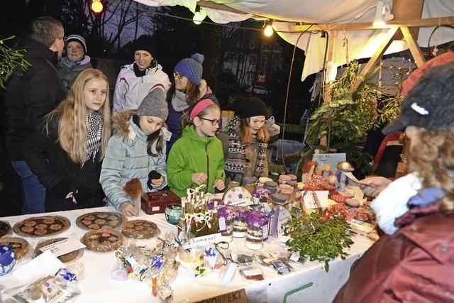 Weihnachtsmarkt im Gymnasium