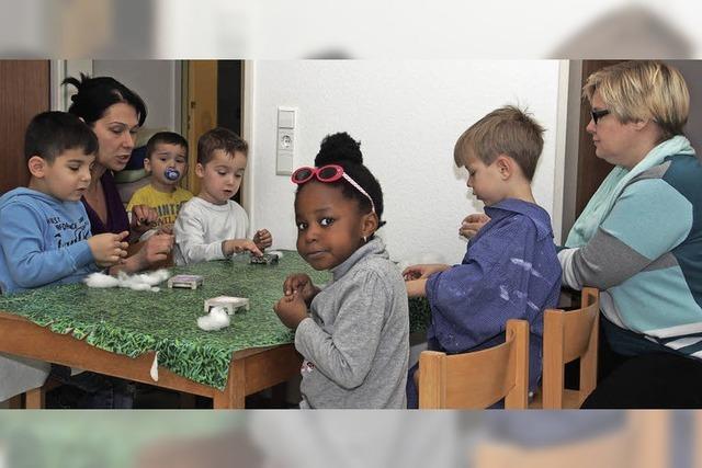 Die Kinder reduzieren die Hemmschwelle