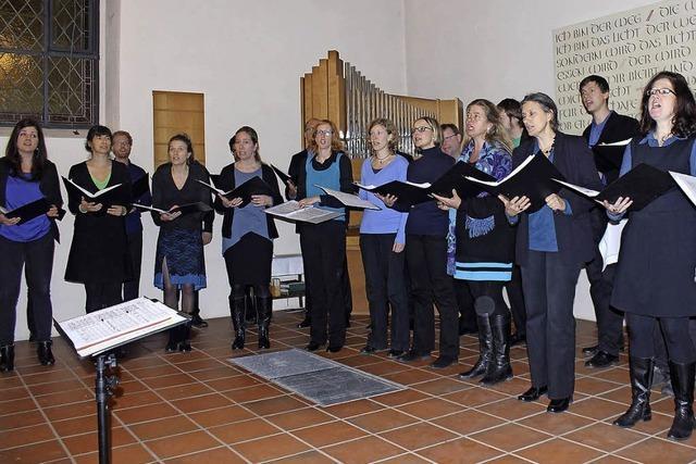 Chor Bâlcanto Basel beschenkt Eichener Sänger