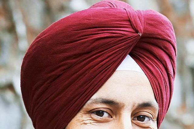 Auch Sikhs müssen beim Motorradfahren Helm tragen