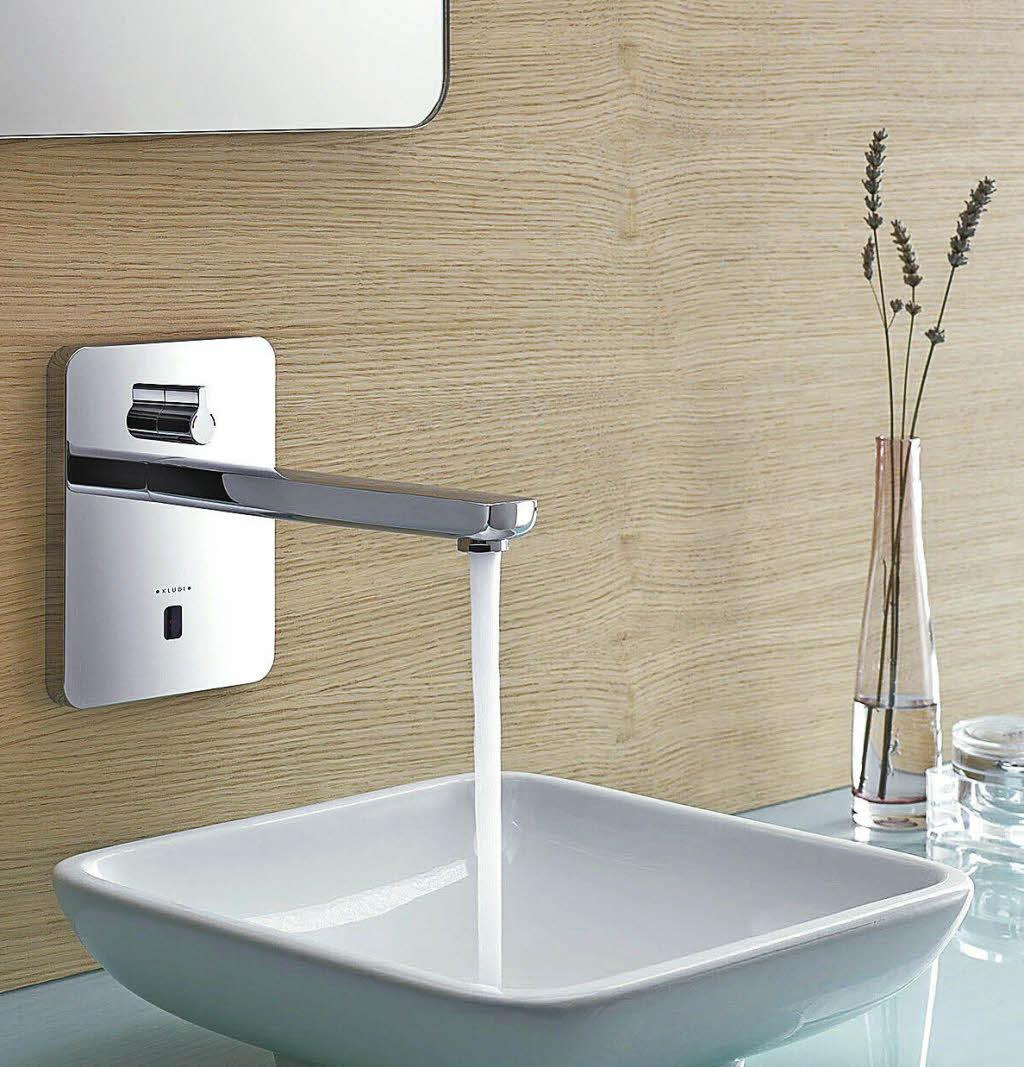 haus garten armaturen co digitale technik h lt im badezimmer einzug badische. Black Bedroom Furniture Sets. Home Design Ideas