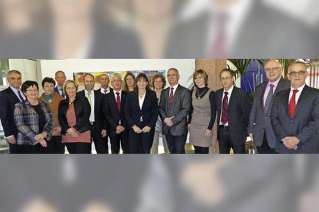 Sparkasse ehrt Mitarbeiter für mehr als 515 Dienstjahre