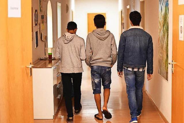 Städte suchen Quartiere für junge Migranten