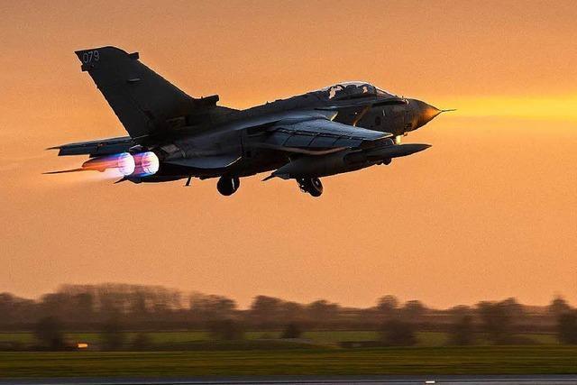 Britische Kampfjets beschießen IS-Stellungen in Syrien