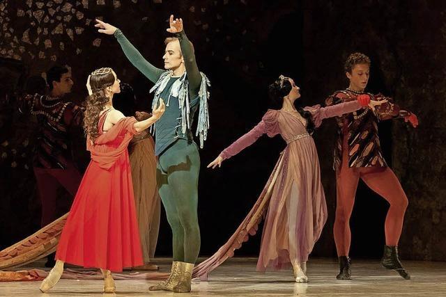 Sheakspeares Drama Romeo und Julia in der Stadthalle
