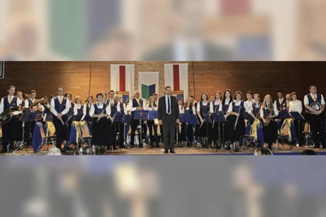 Die Musikverein Waltershofen spielt Stücke aus Musicals