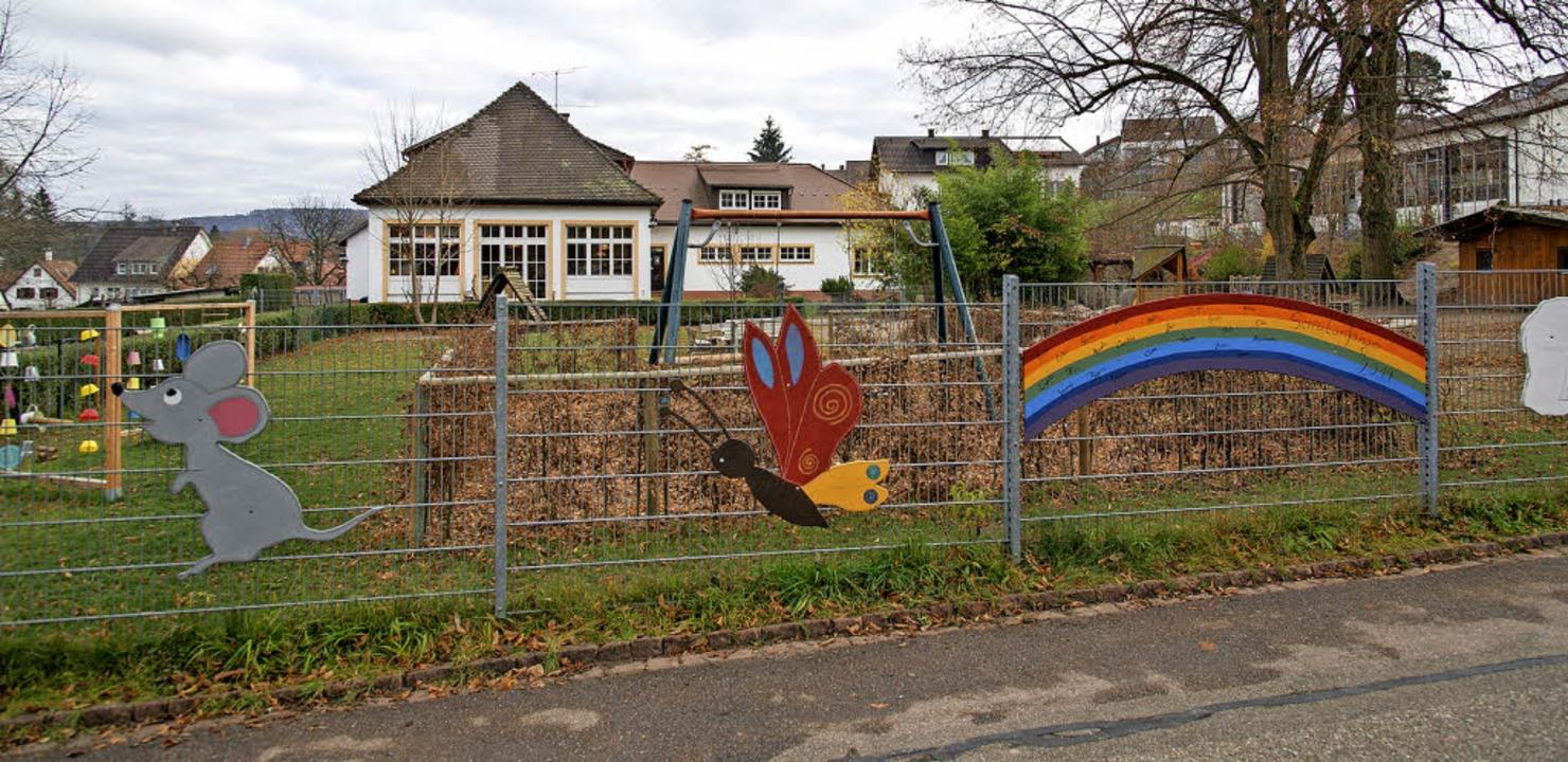 440000 Euro steckt die Stadt in Sanier...Erweiterung des Kindergartens Altdorf.  | Foto: Olaf Michel