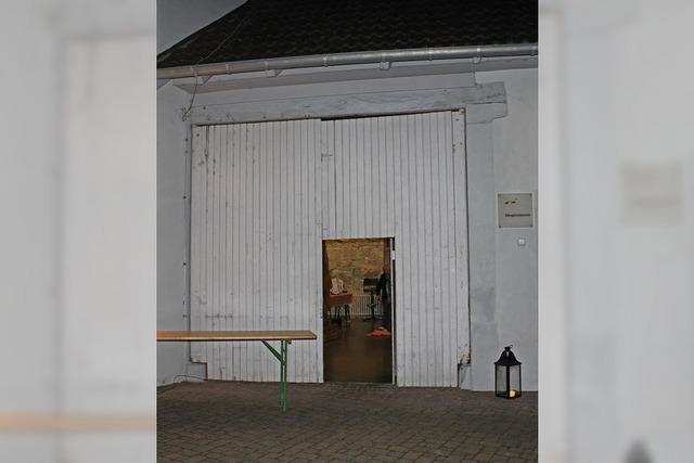 Neues Tor für die Rathausscheune in Gottenheim
