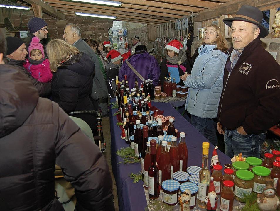 Auf dem Freihof herrschte weihnachtliches Flair.   | Foto: Christian Ringwald