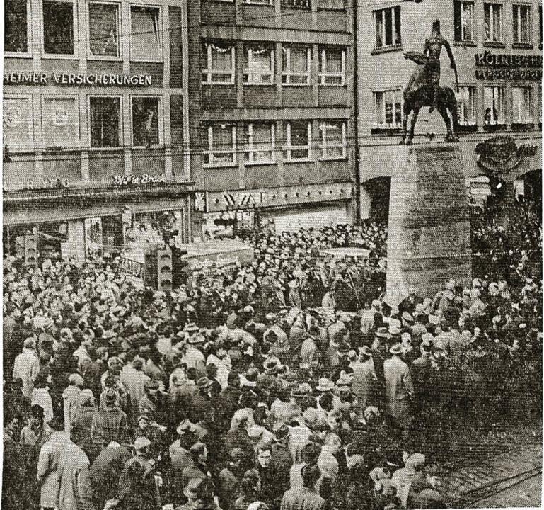 Eine große Menschenmenge erlebte die E...ovember 1965 , wie das BZ-Foto zeigt.   | Foto: Archivfoto