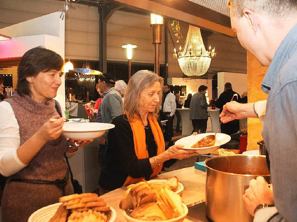 Der Kartoffelgulasch aus Großmutters Küche schmeckte den Gästen.   | Foto: erika sieberts