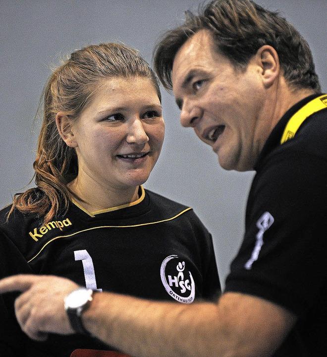 HSG-Coach Gustav Buchal,  hier im Gesp...chönstein, war nur bedingt zufrieden.   | Foto:  Bettina Schaller