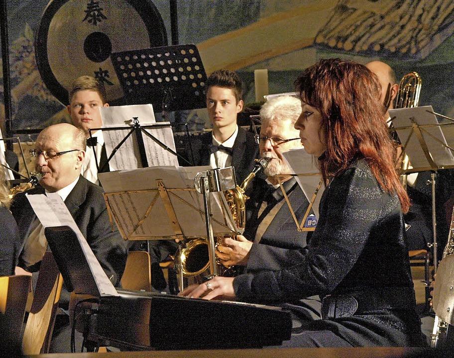 In einen teils stürmischen, teils wohl...beim Kirchenkonzert zum zweiten Advent  | Foto: Karin Stöckl-Steinebrunner