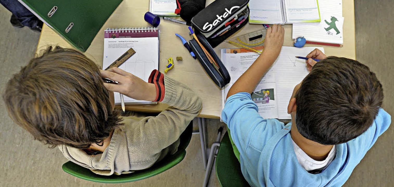 Zusammen lernen: An der Gemeinschaftss...nd Lenzkirch soll das möglich werden.   | Foto: dpa/Franziska Kraufmann