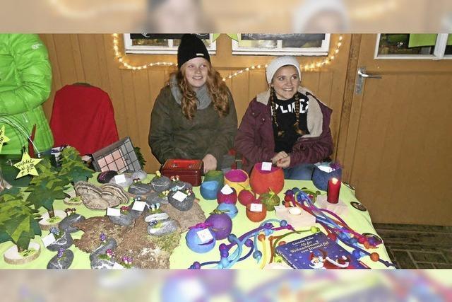 Kunterbunter Adventsmarkt im Obertal