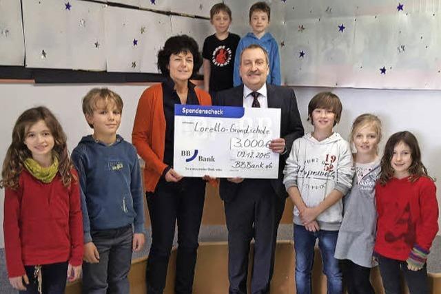 BB-Bank spendet an Lorettoschule