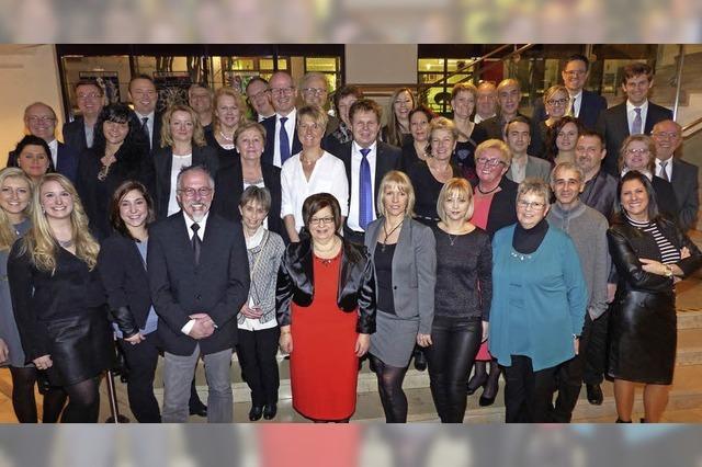 Vita Zahnfabrik ehrt Mitarbeiter