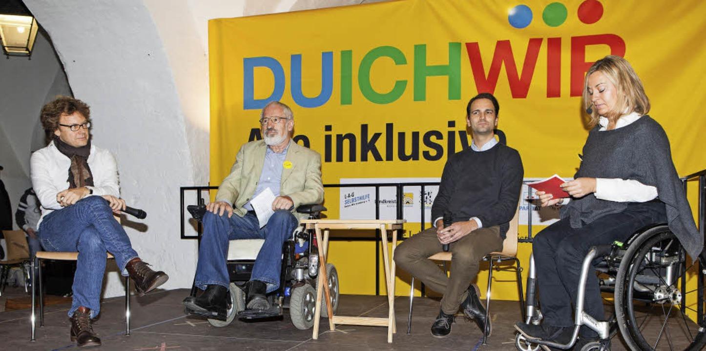 Stephan Großmann, Michael Lutz und Mic...rch. Rechts Moderatorin Esther Weber.     Foto: Fotos: Gabriele Zahn