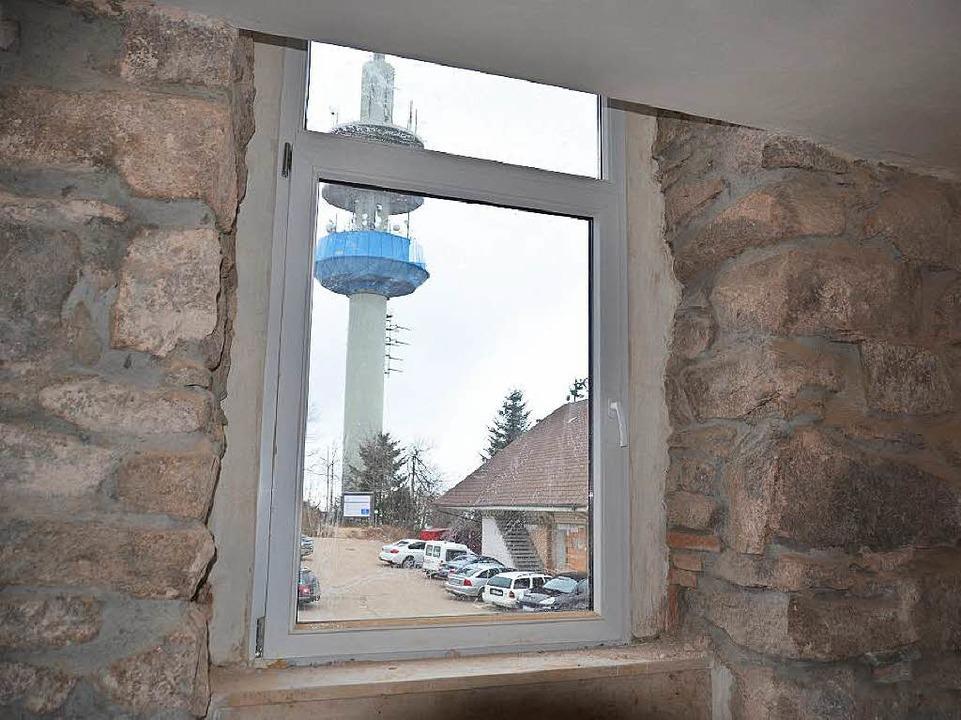 Ausblick aus dem Inneren des Berghauses.  | Foto: Gina Kutkat