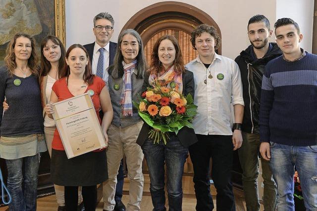 OB Salomon gratuliert 439 eingebürgerten Migranten