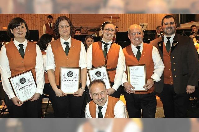 Musikverein führt auf eine Reise um die Welt