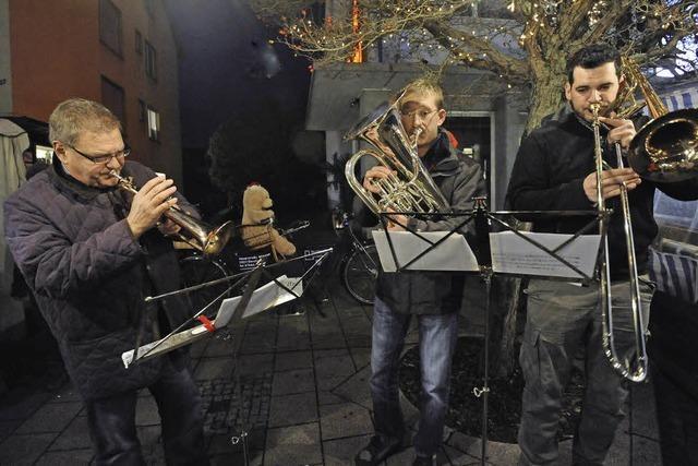 Veranstalter, Händler und Besucher zufrieden mit Denzlinger Weihnachtsmarkt
