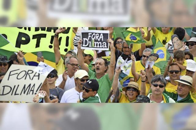 Brasilianer demonstrieren gegen Staatschefin Dilma Rousseff