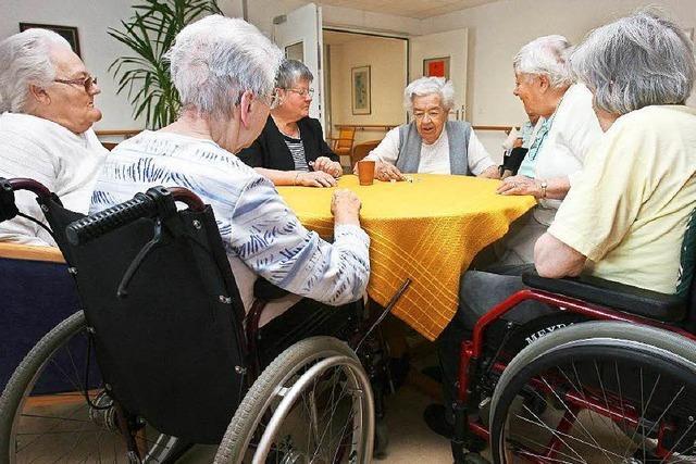 Warum die Tagespflege für Angehörige und Pflegebedürftige wichtig ist