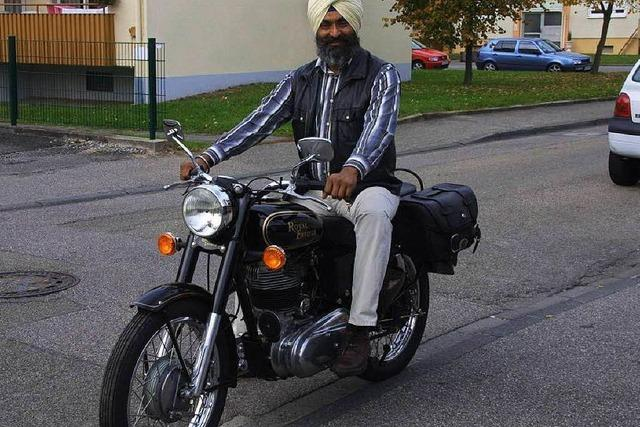 Turbanträger aus Bad Säckingen darf ohne Helm Motorrad fahren