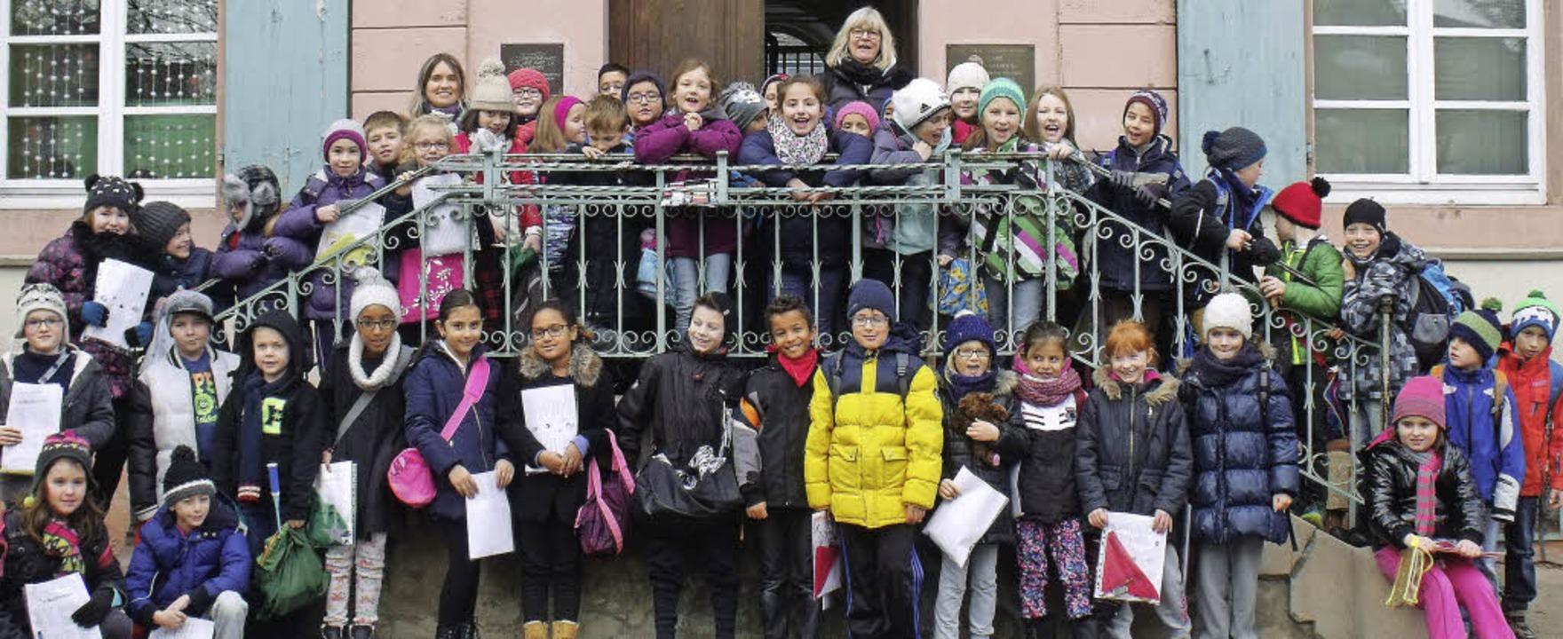 Herzlich begrüßt wurde die Klasse drei...ossen die Kinder erste Freundschaften.  | Foto: Schule