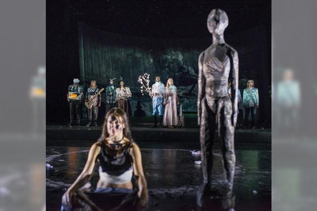"Armin Petras inszeniert in Stuttgart Shakespeares ""Sturm"" als Berserkertheatersatire"
