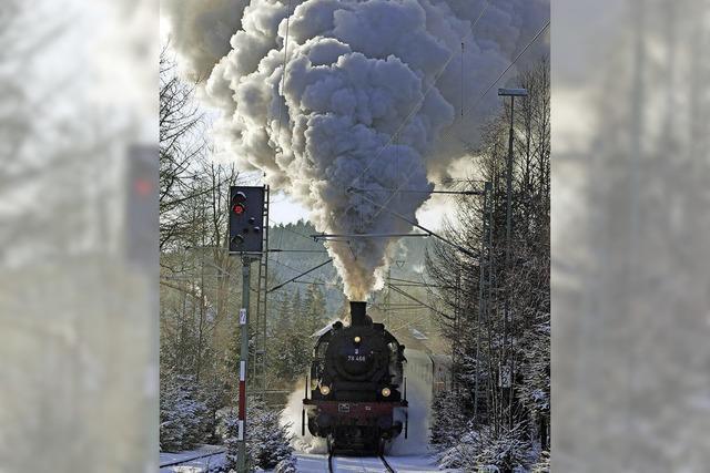 Winterdampf der Dreiseenbahn