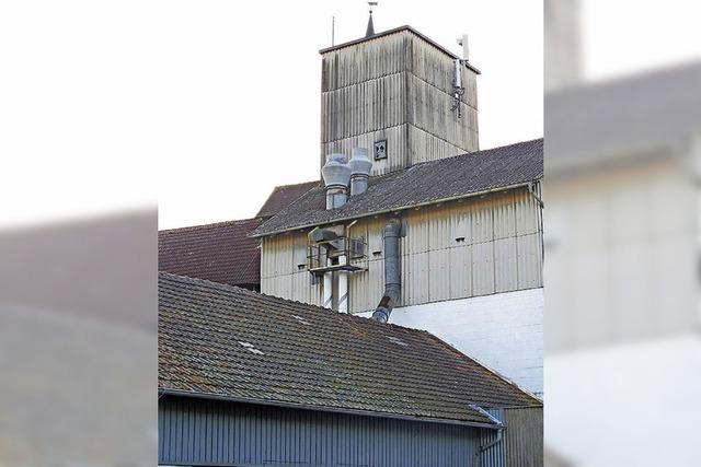 Silo wird für Wohnhaus abgerissen