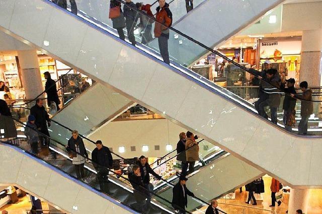 Freiburg: Weihnachten lässt die Kassen der Einzelhändler klingeln