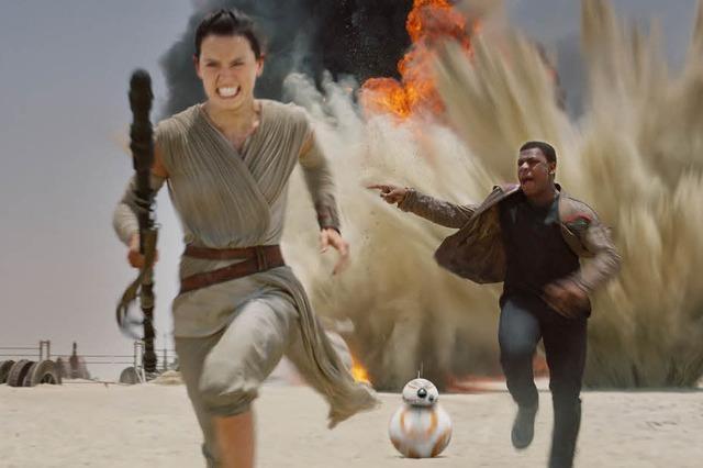 """""""Star Wars: Das Erwachen der Macht"""" fängt den Geist der originalen Trilogie ein"""
