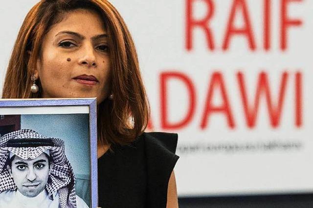 Raif Badawi: Ehefrau nimmt Sacharow-Preis in Straßburg an